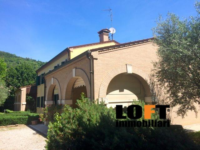 Villa vendita TEOLO (PD) - 7 LOCALI - 600 MQ