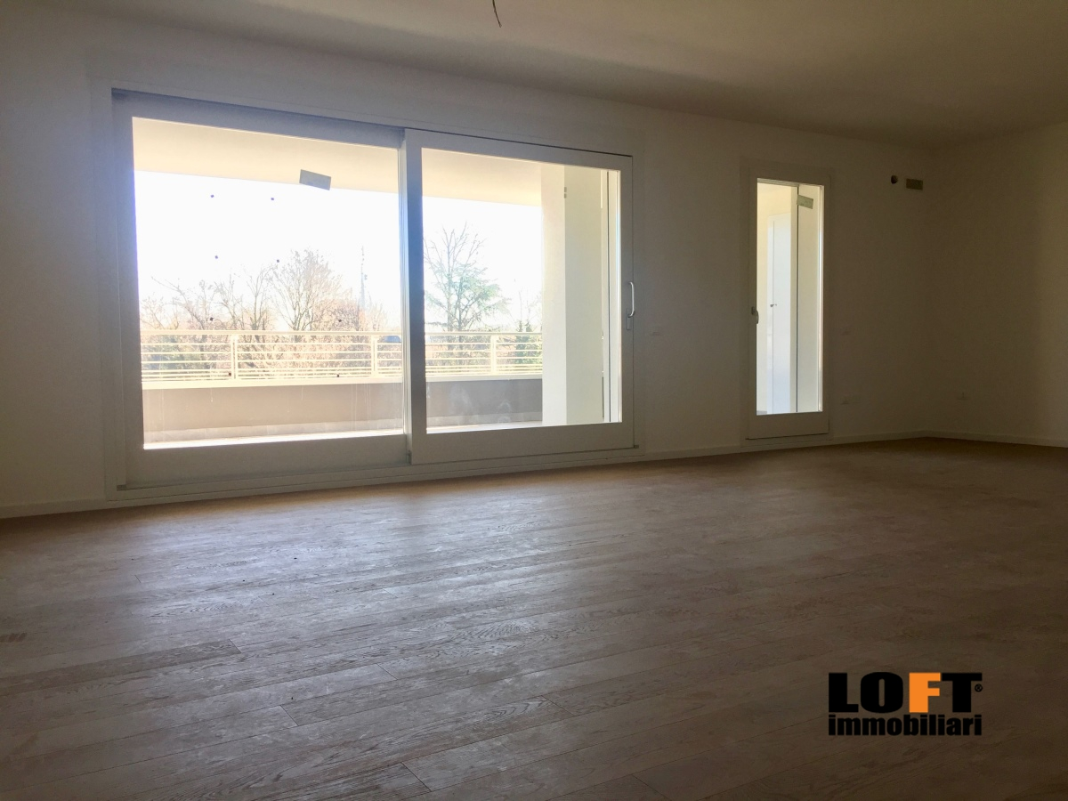 Appartamento in vendita a Abano Terme, 4 locali, prezzo € 340.000 | CambioCasa.it