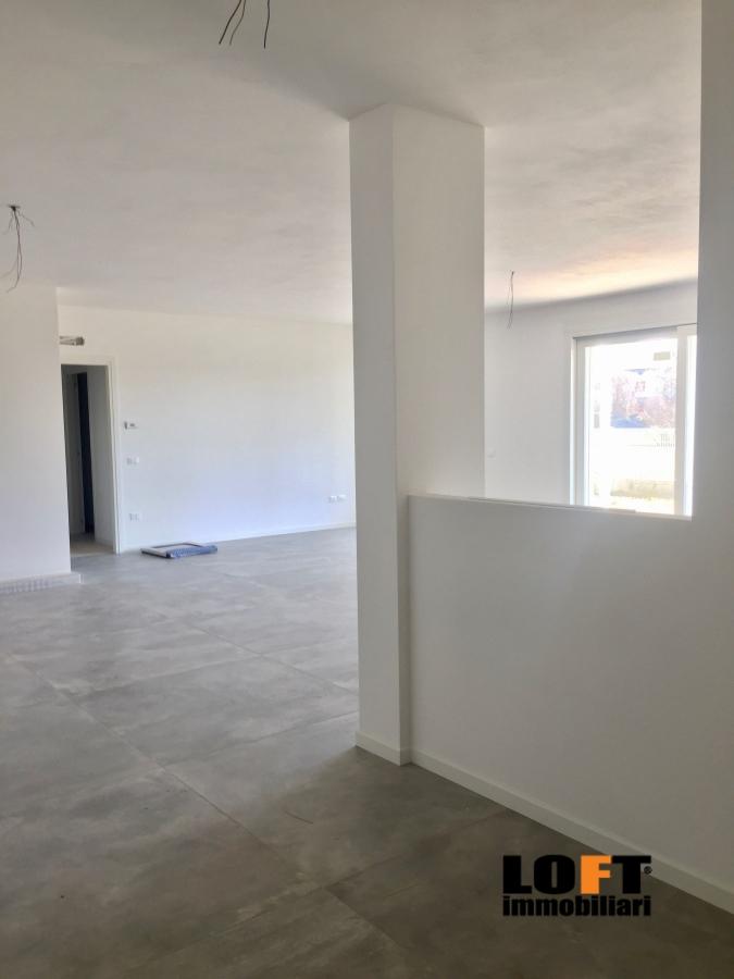 Appartamento in vendita a Abano Terme, 4 locali, prezzo € 360.000 | CambioCasa.it