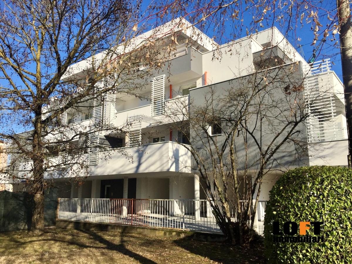 Appartamento in vendita a Abano Terme, 6 locali, prezzo € 292.000   CambioCasa.it